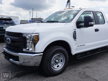 2019 F-250 Super Cab 4x4,  Reading Service Body #219210T - photo 1
