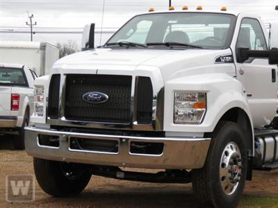 2021 Ford F-750 Regular Cab DRW 4x2, Cab Chassis #MT5600 - photo 1