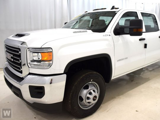 2018 Sierra 3500 Crew Cab 4x4, Pickup #JF255477 - photo 1