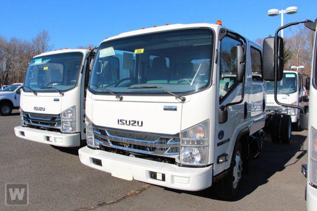 2020 NQR Crew Cab 4x2, Cab Chassis #L7901804 - photo 1