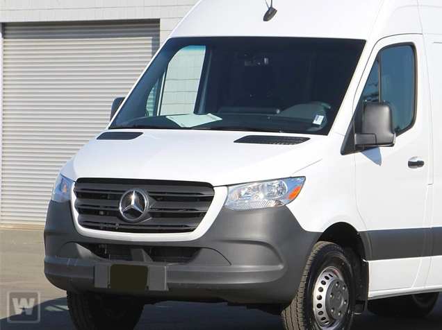 2019 Mercedes-Benz Sprinter 2500 High Roof 4x2, Cab Chassis #KT016124 - photo 1