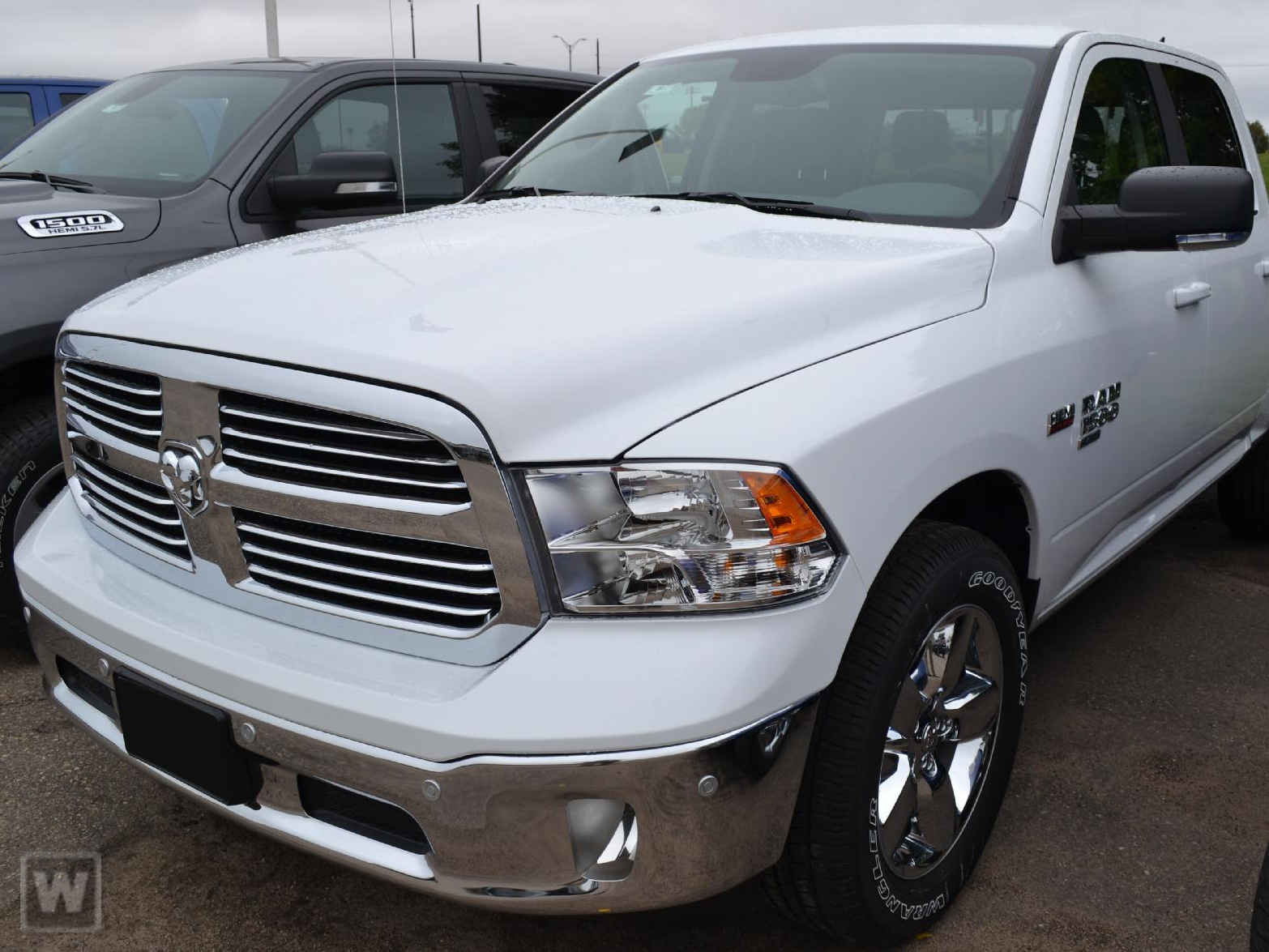 2019 Ram 1500 Crew Cab 4x4,  Pickup #KS571156 - photo 1
