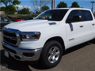 2019 Ram 1500 Crew Cab 4x4, Pickup #KN540361 - photo 1