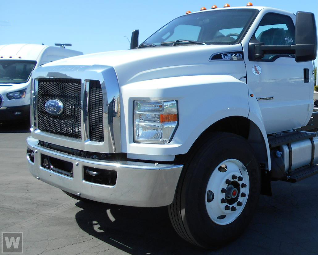 2022 Ford F-650 Regular Cab DRW 4x2, Cab Chassis #RN23624 - photo 1